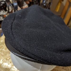 Scala Leather Brimmed Lined Winter Flat Cap